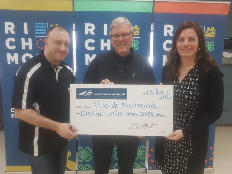 Richmond reçoit 18 200 $ de Financement Agricole Canada pour un projet d'amélioration énergétique